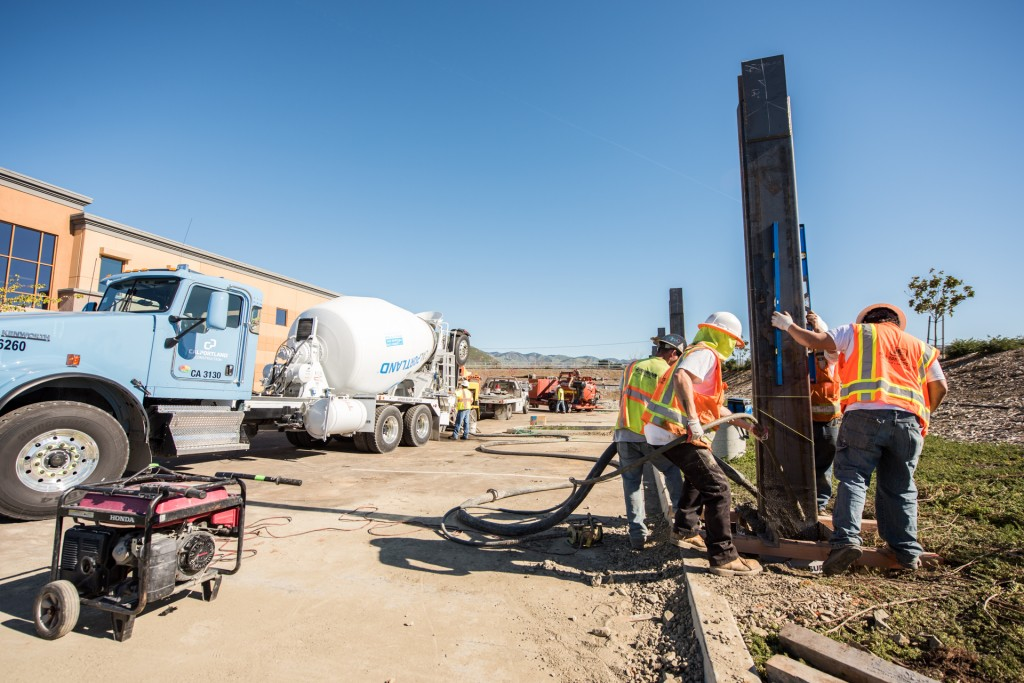 A special vibrating probe was used to help settle the concrete as it was being pumped into the foundations.
